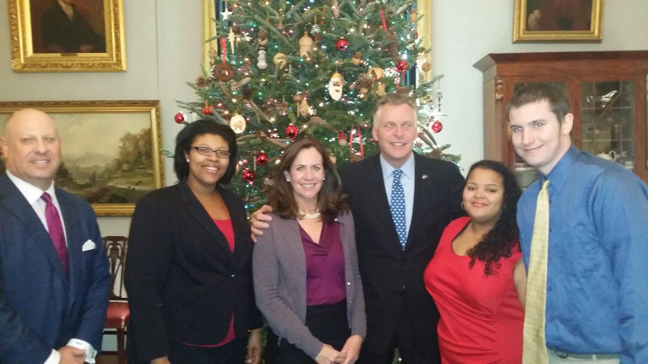 Great Expectations students meet with Governor Terry McAuliffe